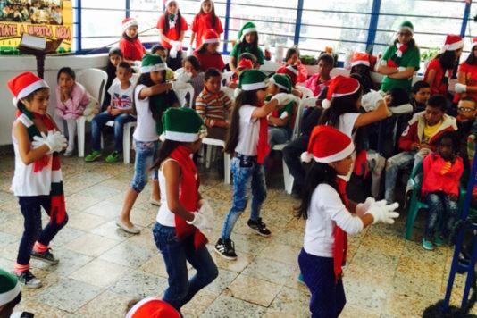Fundación Abraham Romero celebración de navidad